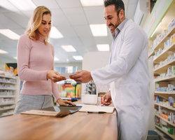 pharmacist instructing